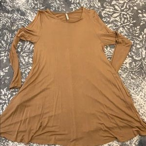 Lightweight dress with pockets!